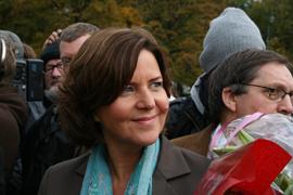 Hanne Bjurstrøm på slottsplassen etter utnevnelsen i 2009.
